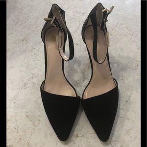 Black Size7.5 Kitten heel